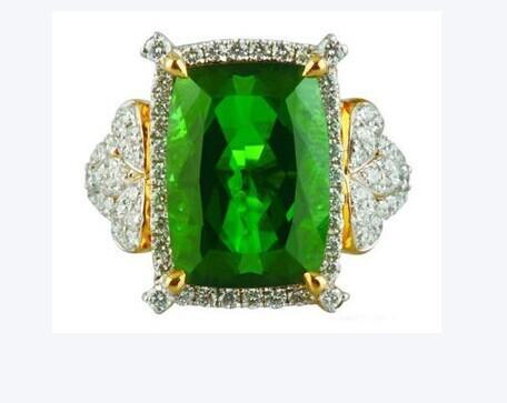 enzo的绿碧玺戒指高清图片