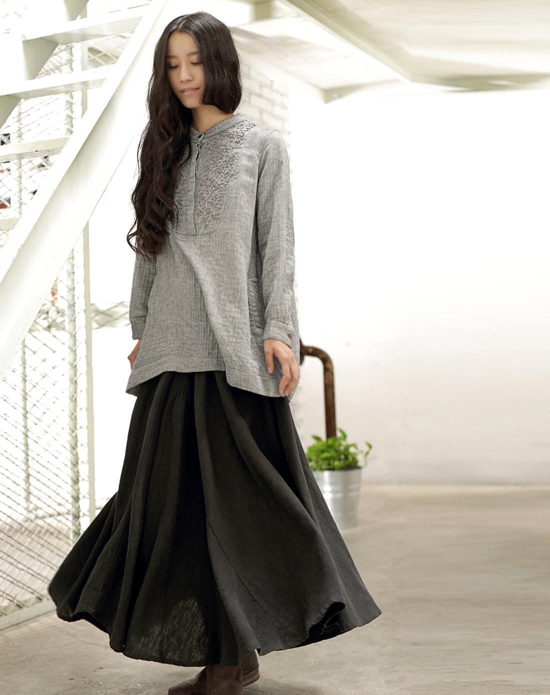 素缕souline灰色《采薇》刺绣长袖纯棉圆领套头衫sl图片