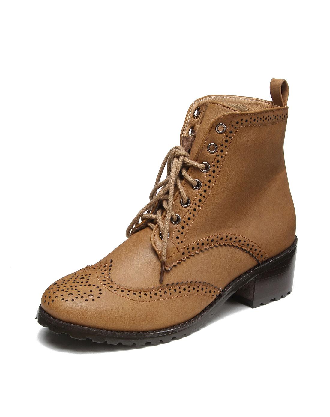 系带雕花浅棕色休闲短靴