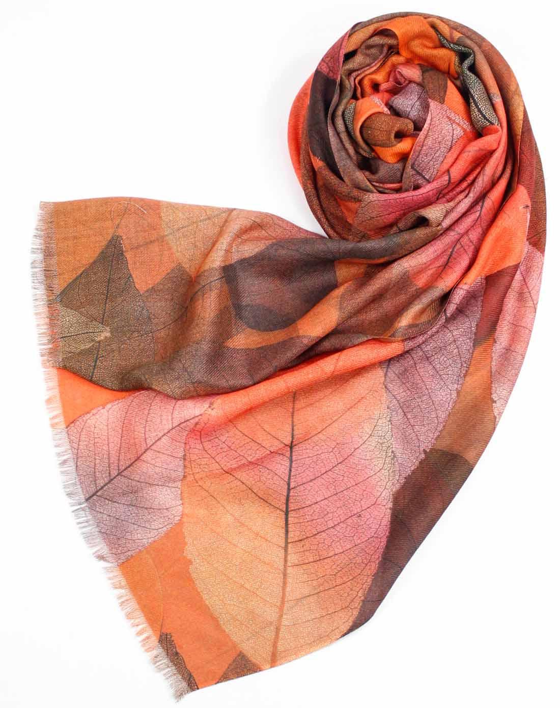 女款橘树叶喷绘面围巾