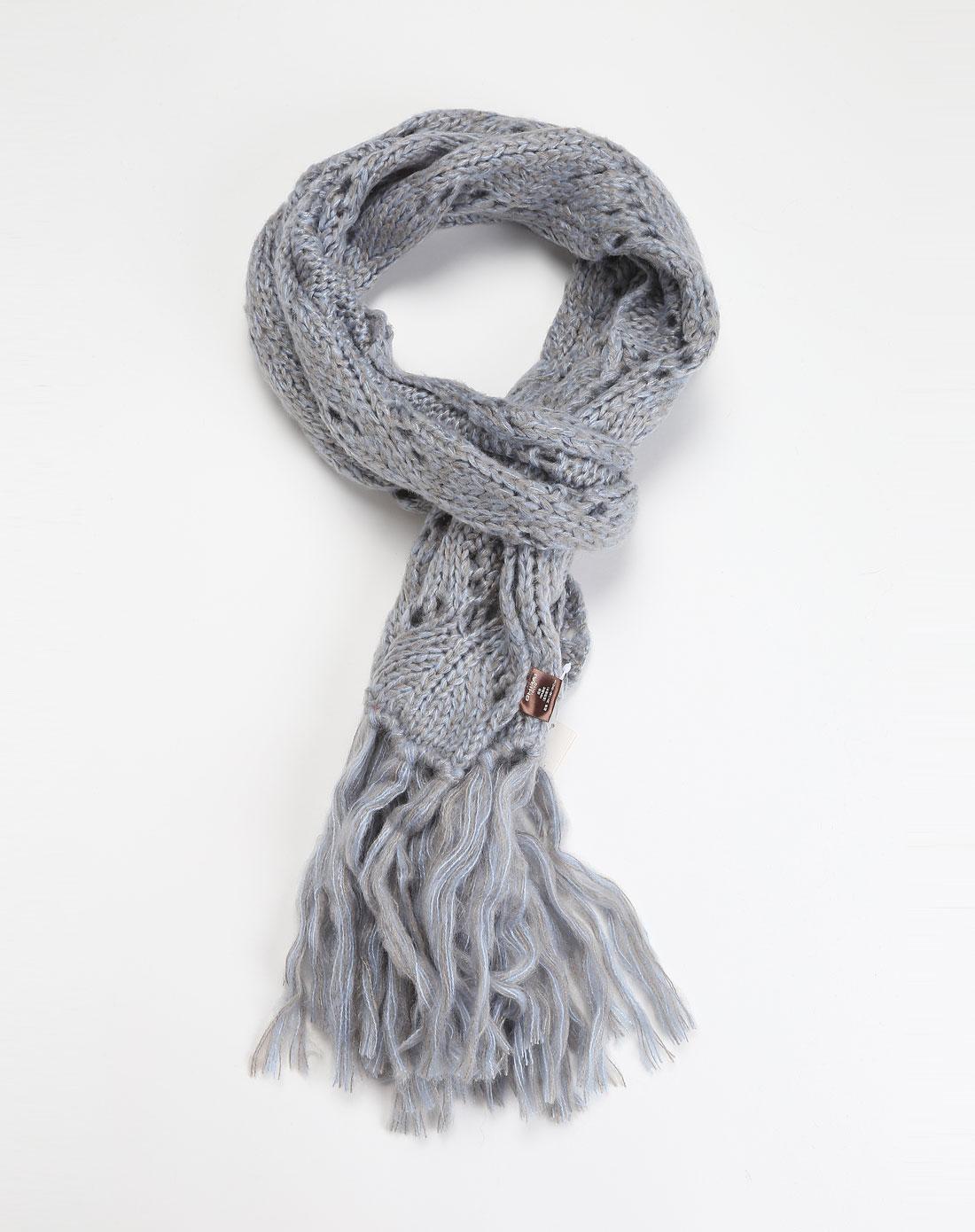 白井/ 蓝灰色镂空针织围巾