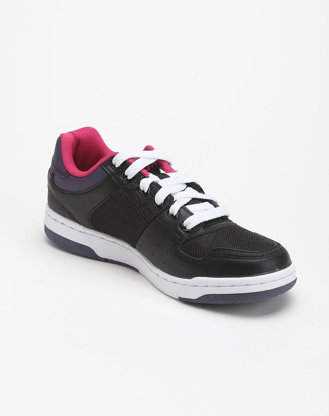 印logo运动休闲鞋