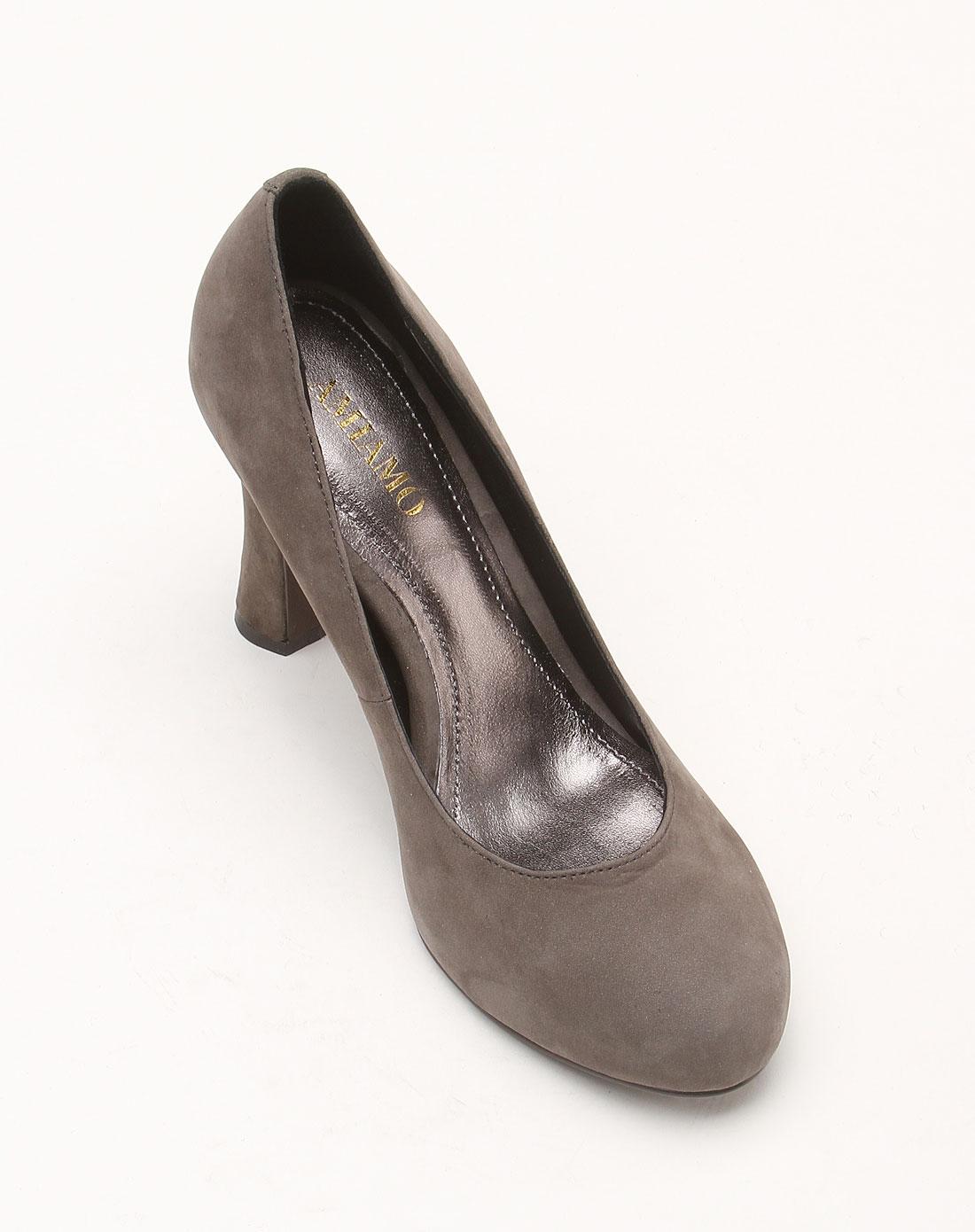 灰色时尚潮流高跟鞋
