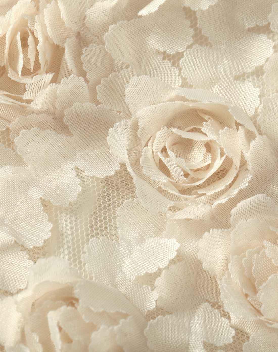 米白色圆领蕾丝拼接连衣裙