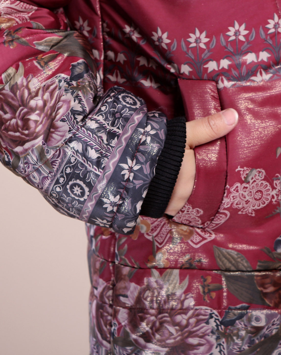台格紫红色蝴蝶结花纹长袖棉衣3tb39a219963
