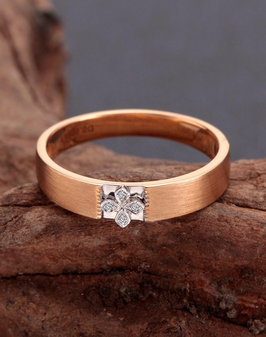 18k玫瑰金钻石戒指 樱花