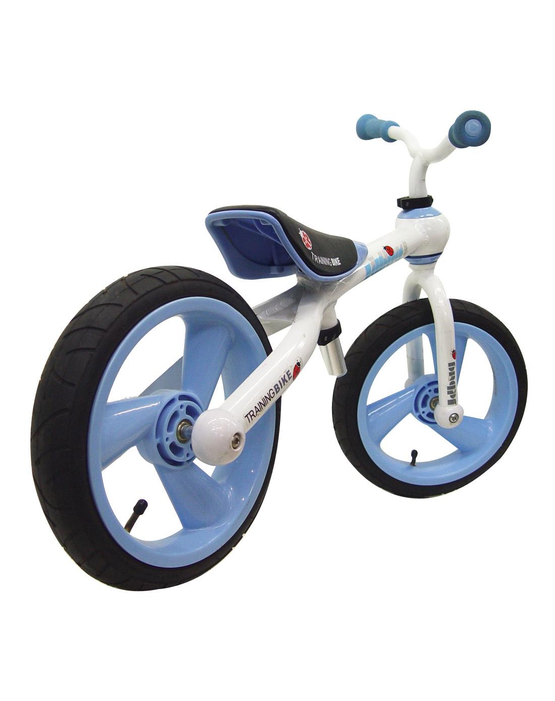 儿童踏行车平衡