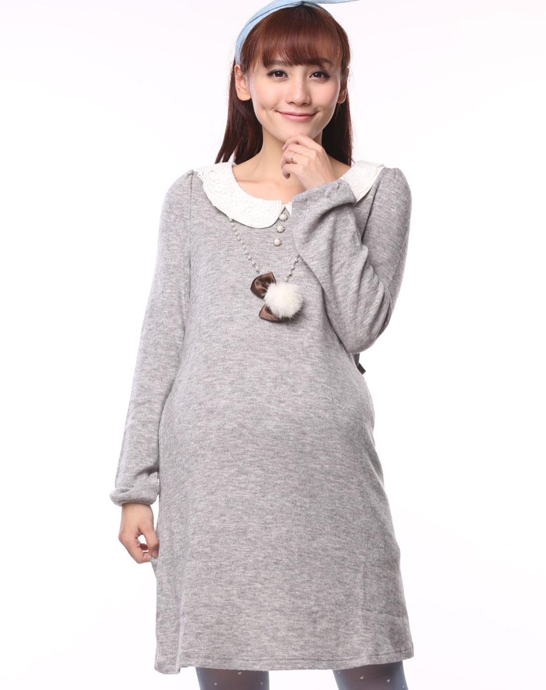 浅灰花沙毛衣布花边领孕妇连衣裙