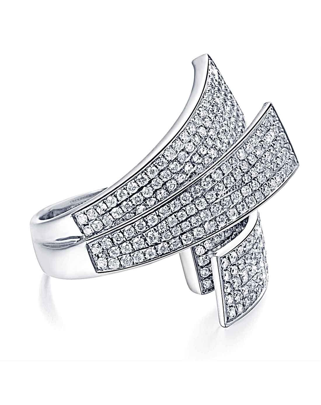 白18k金豪华钻石戒指