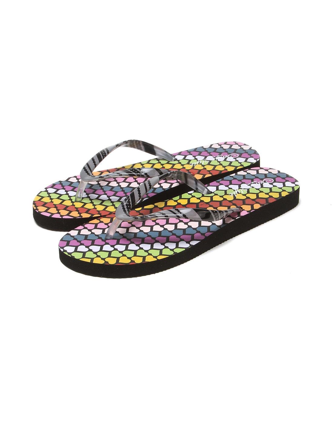 黑色底彩色心形沙滩人字拖鞋