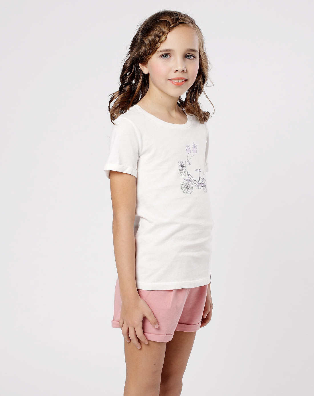 女童米白t恤图片