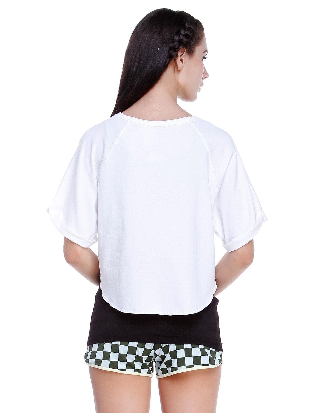 短款印字母白色中袖t恤