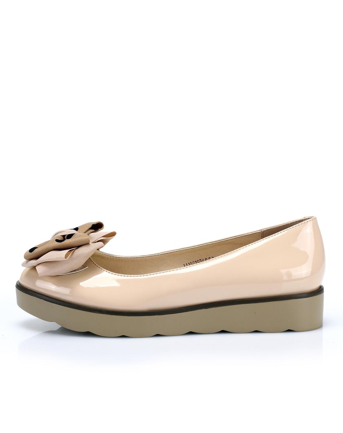依思q 14年新款杏色波点蝴蝶结松糕单鞋
