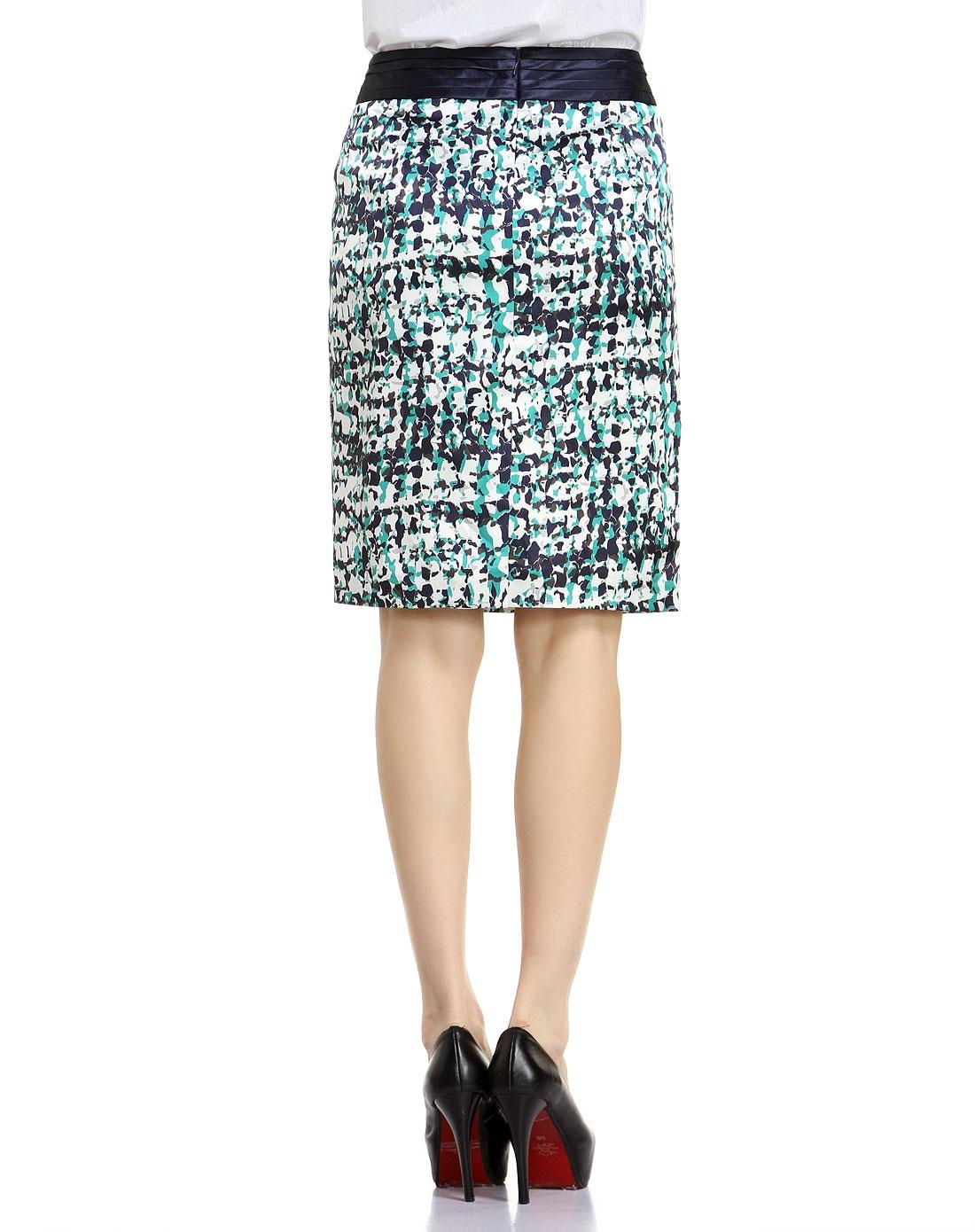 蓝绿色时尚花纹中裙