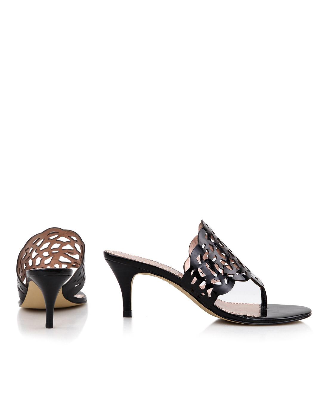 jcc 黑色镜面羊皮镂空花纹凉鞋