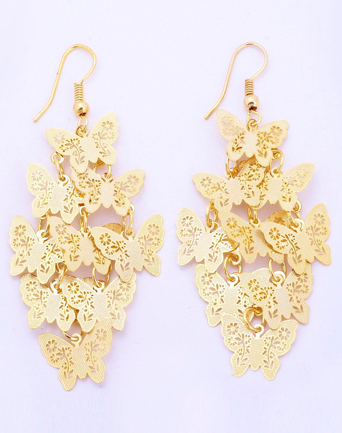 金色镂空蝴蝶纷飞耳环