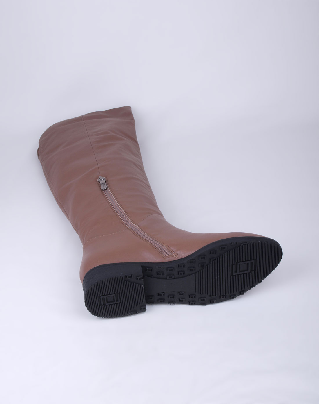 沙驰satchi女款卡其色牛皮靴子11d97001pn210