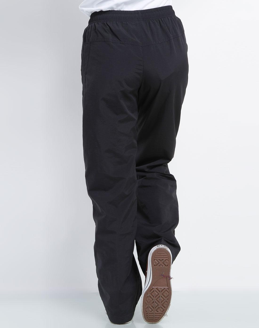 正黑色时尚运动长裤