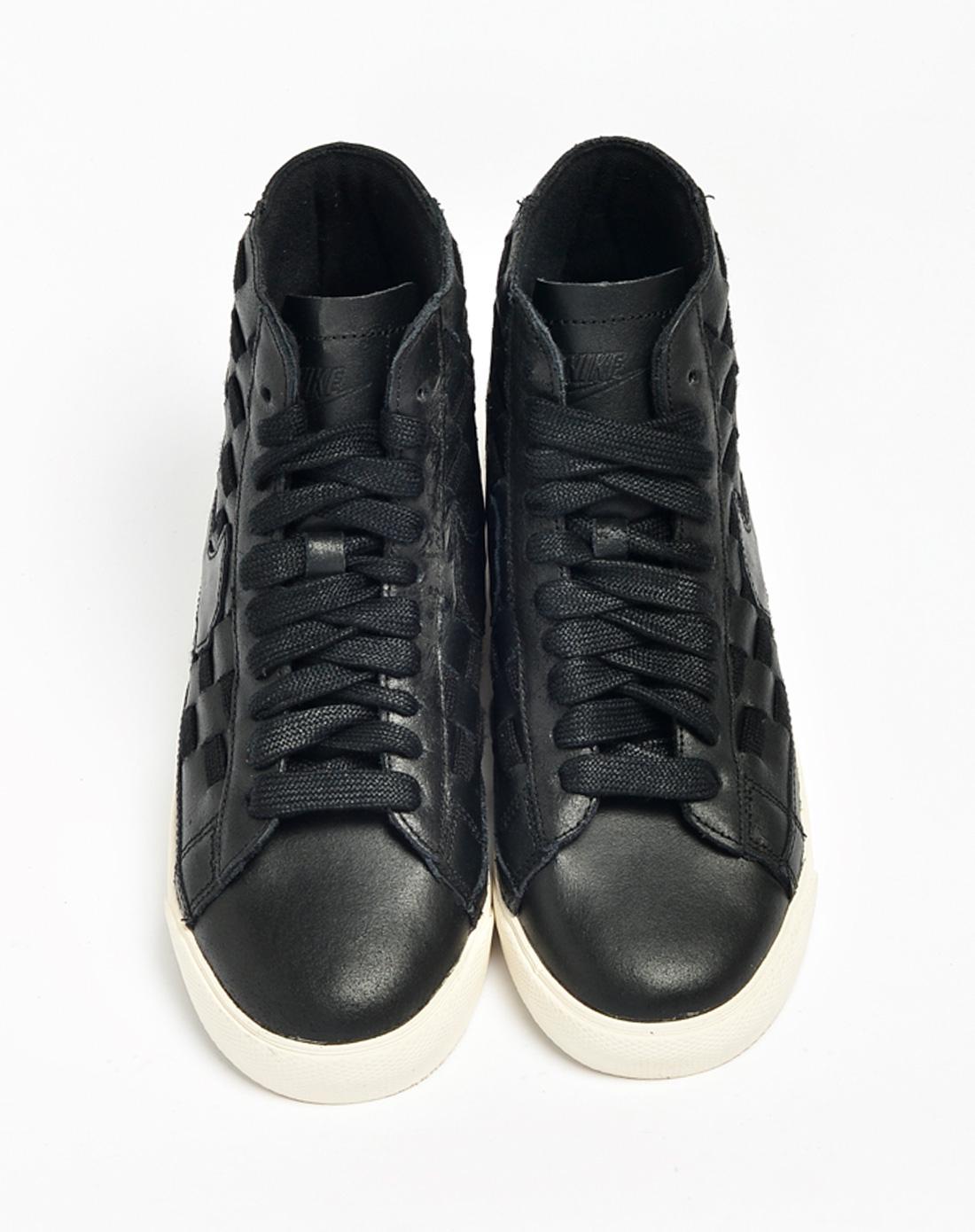 NIKE 复古鞋