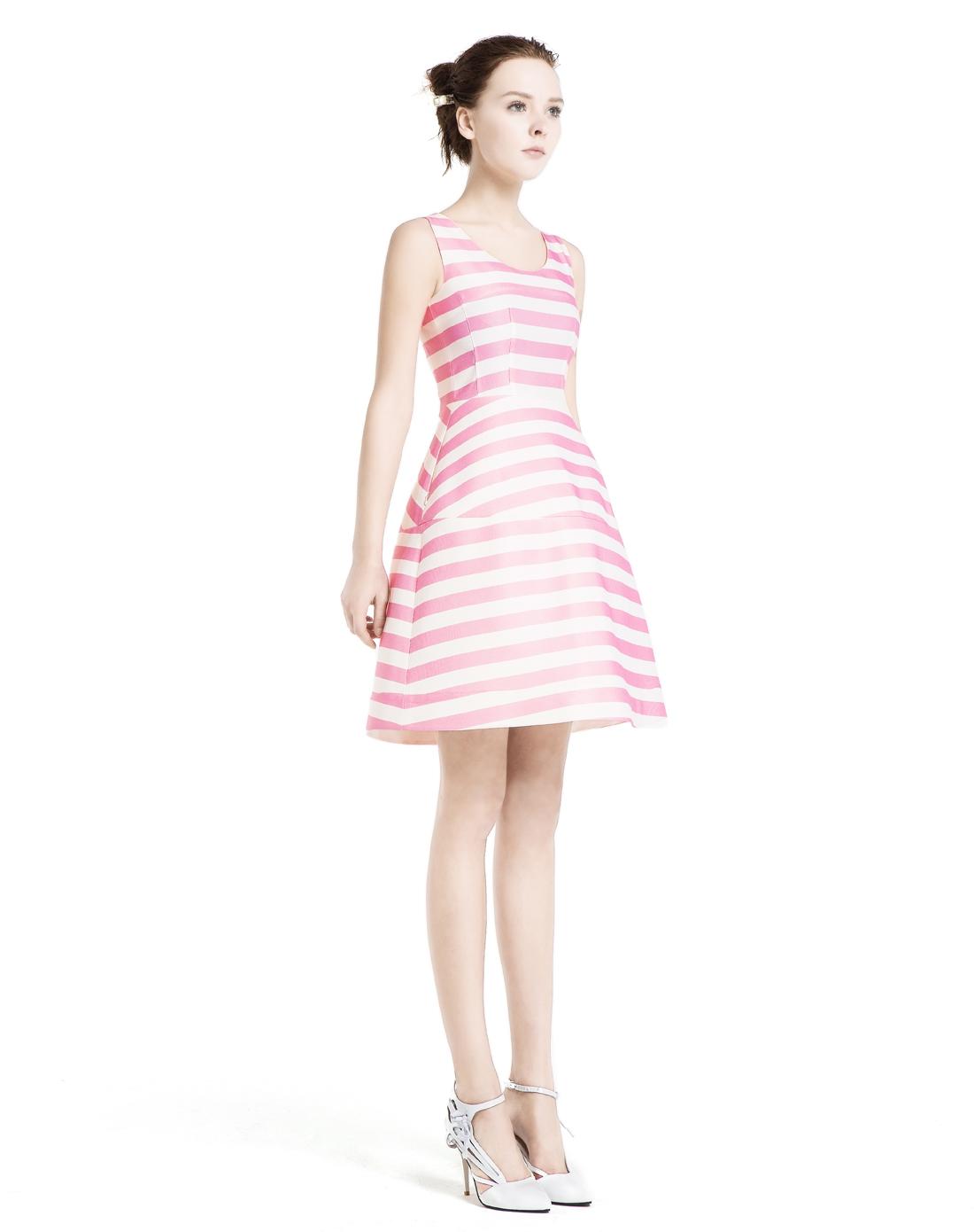 明星同款时尚条纹收腰廓形连衣裙