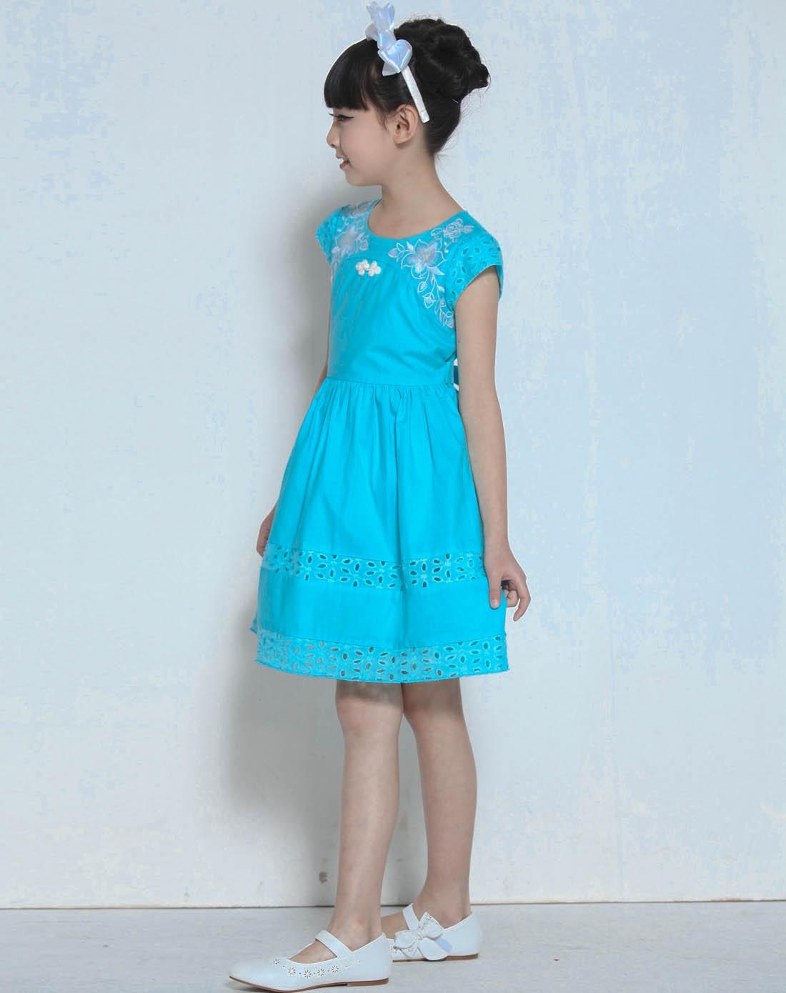 女童湖蓝连衣裙