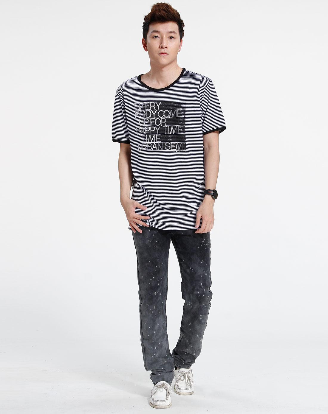 森马-男装-黑/白色短袖t恤图片