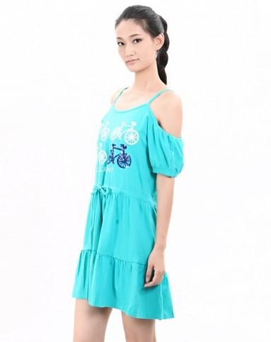 连衣裙自然元素