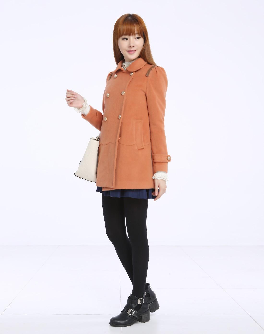 橘色毛妮大衣搭配