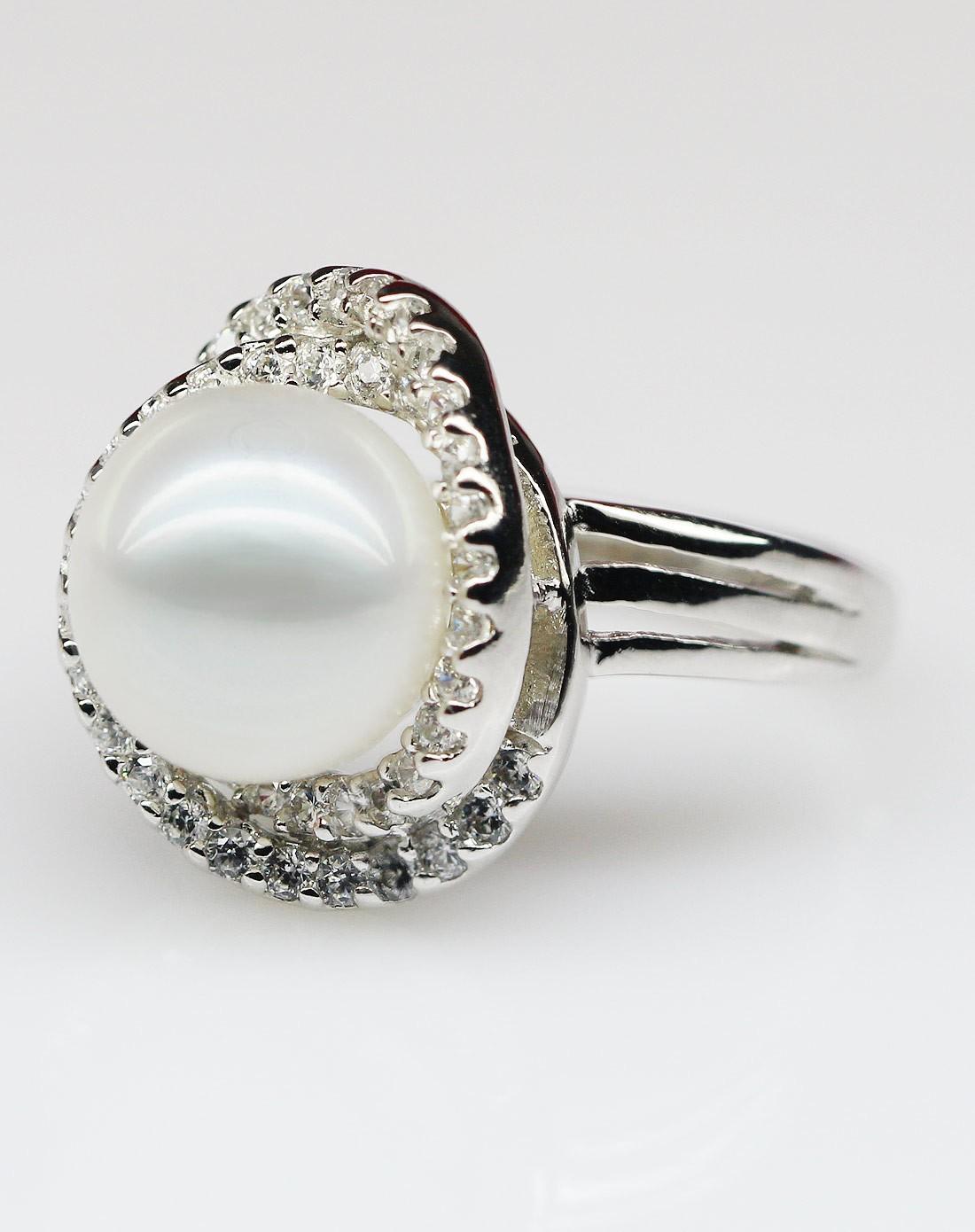 奢华款珍珠戒指