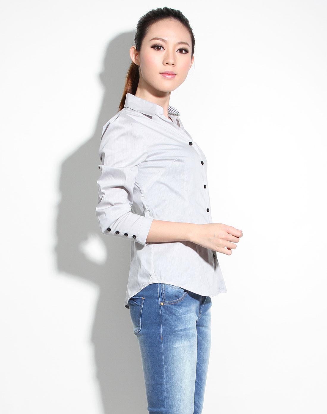 女休闲�z(�:(�ybj�f_女款浅灰色休闲长袖衬衫