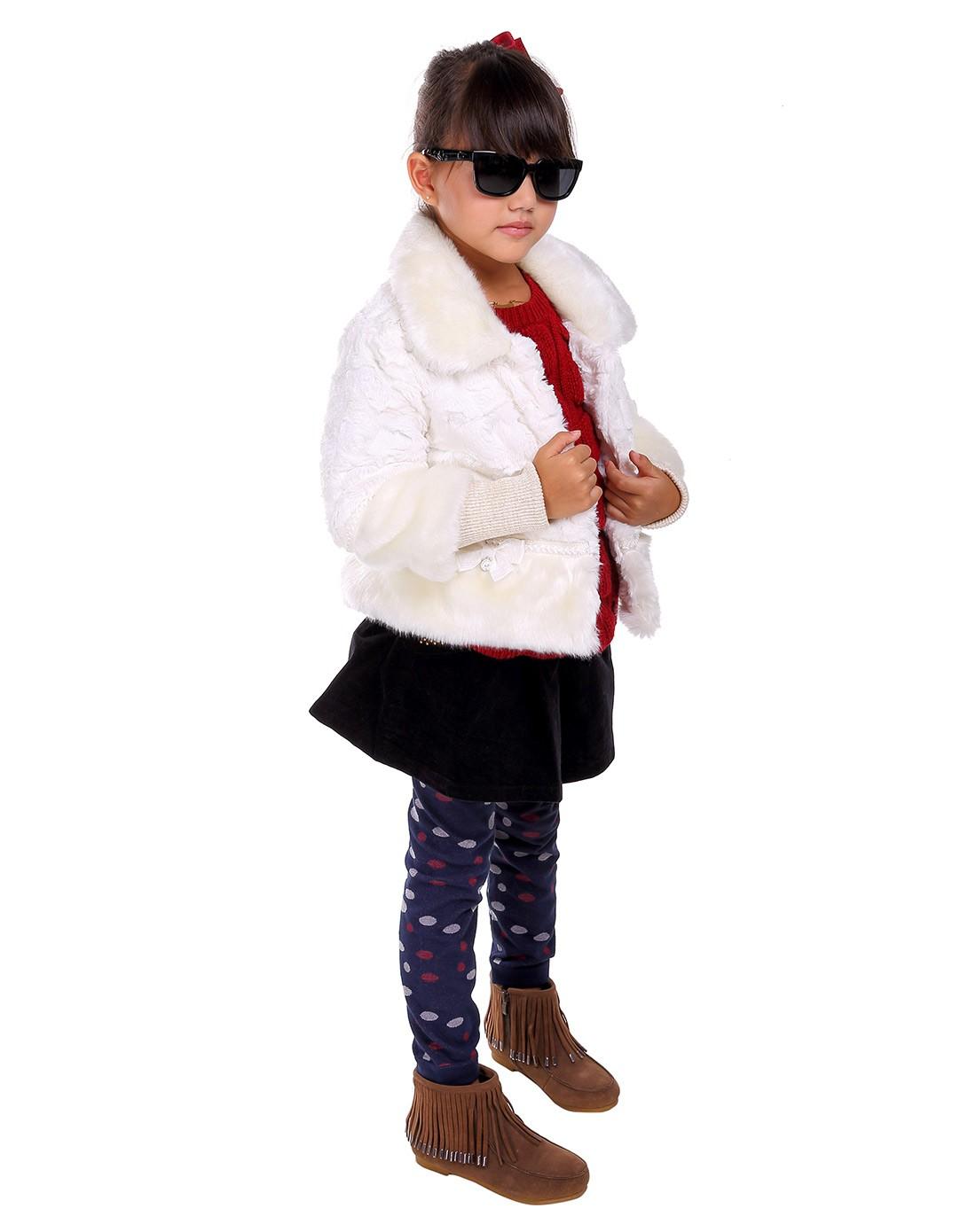 女童米白可爱外套