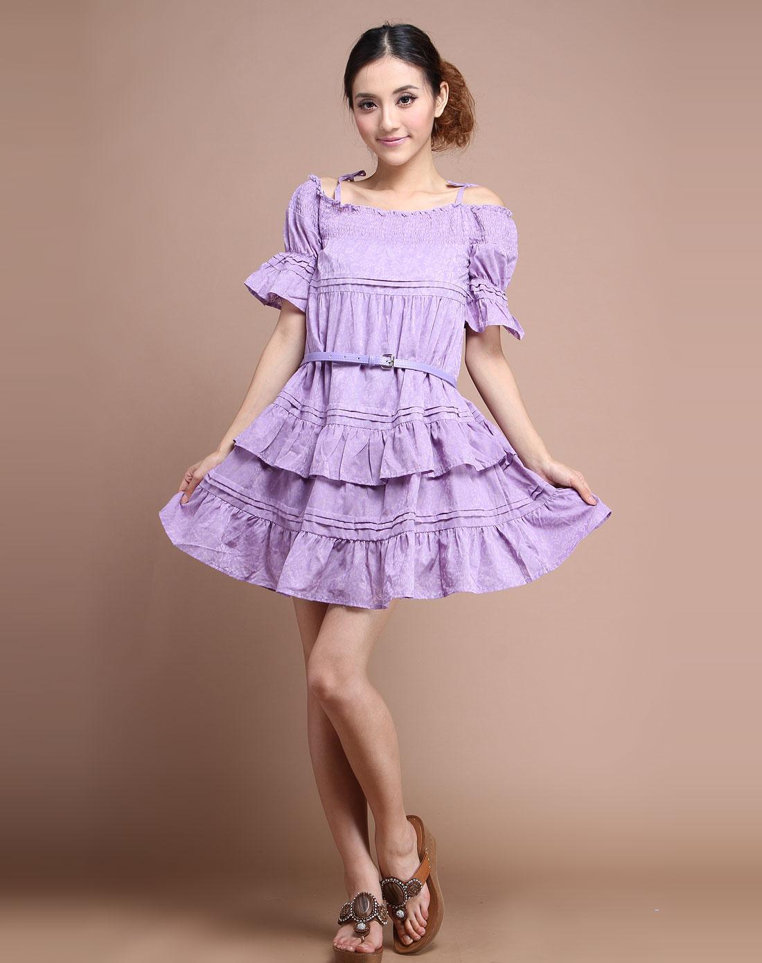 雪紫色连衣裙