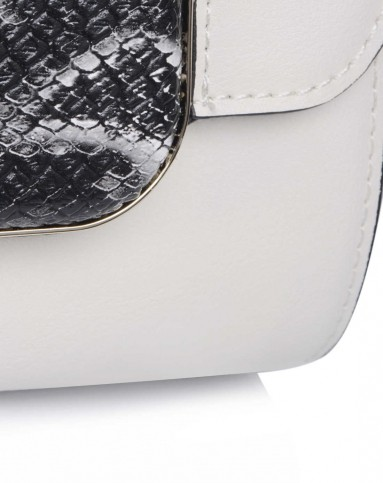 女款蛇皮纹野性之美白色手提包