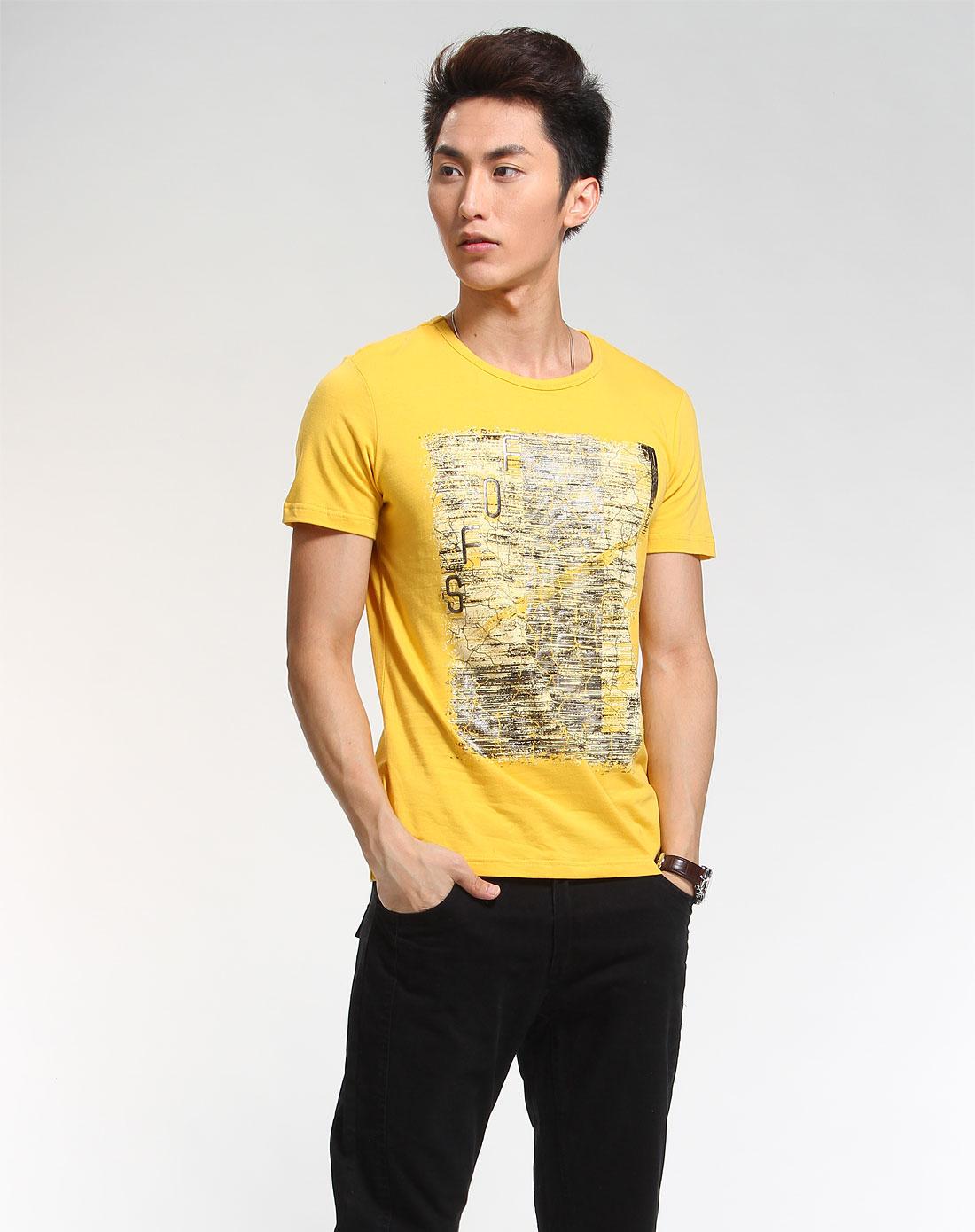 黄色衣服太明显怎样回比人_黄色简约时尚短袖t恤