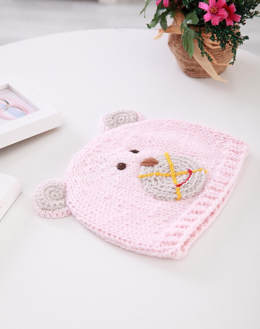 婴儿粉红毛线小猪帽子