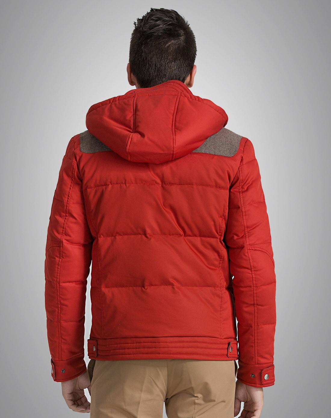 深红时尚保暖羽绒服