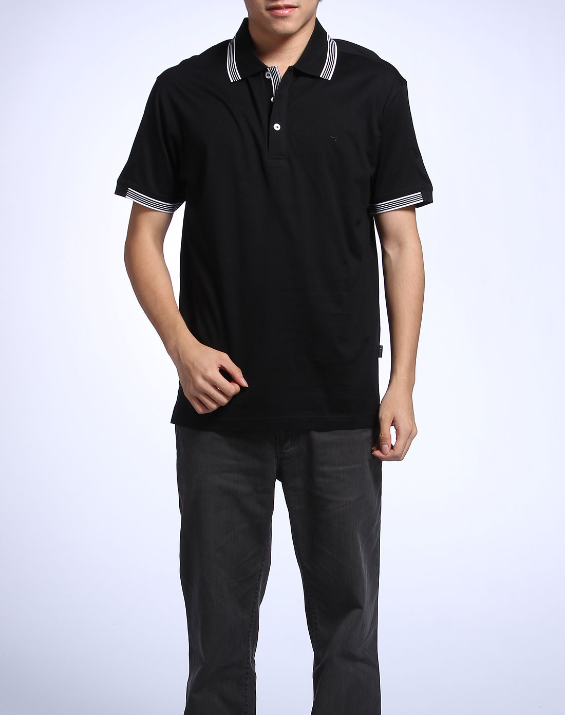 黑色简约休闲短袖polo衫