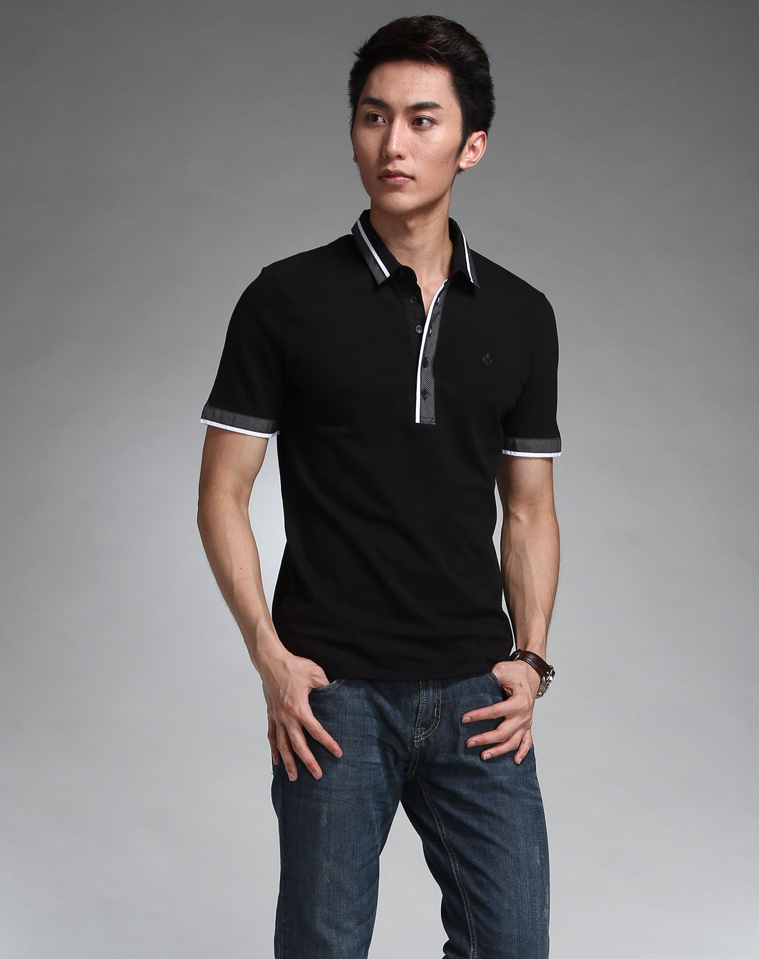 黑色休闲简约短袖polo衫