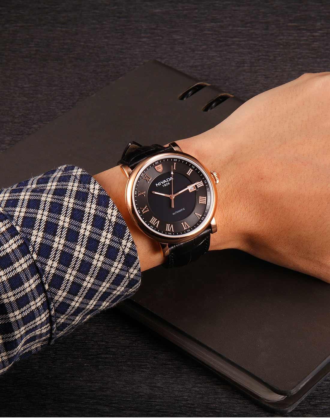 男款 时尚商务真皮机械手表