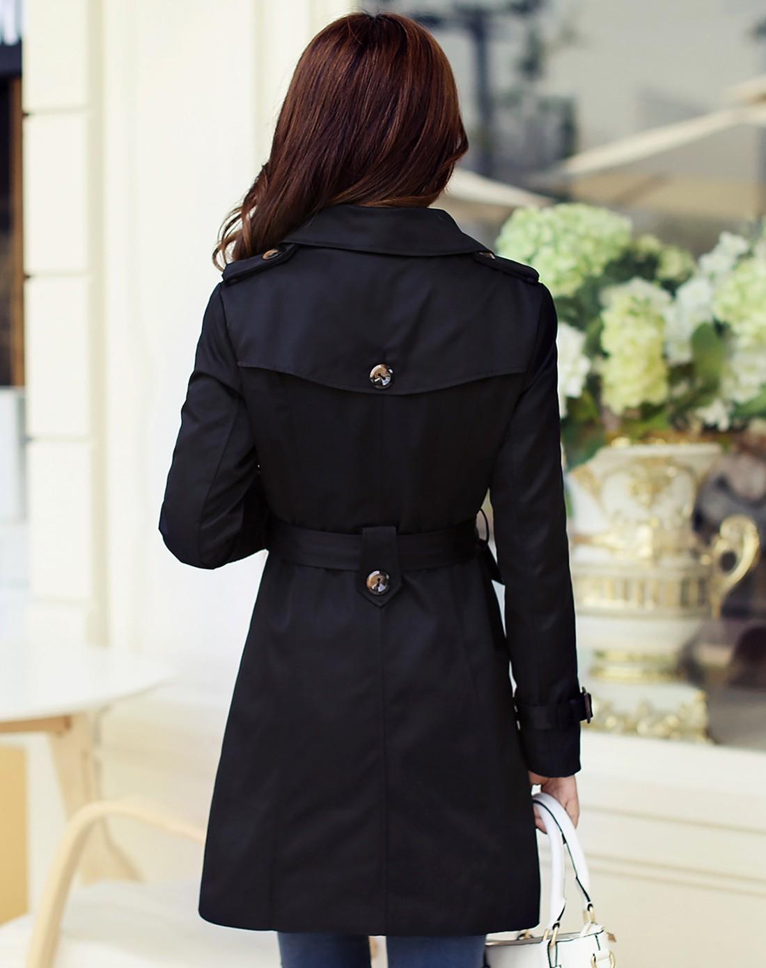 黑色女风衣
