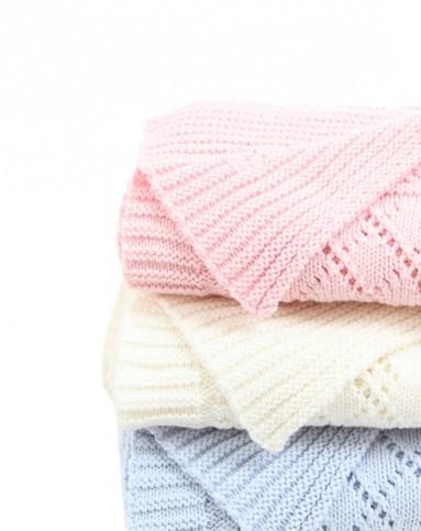 中性粉色婴儿纯棉编织花纹毛毯