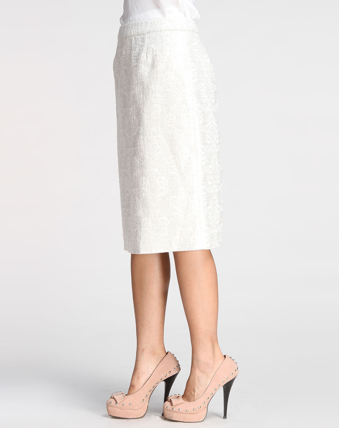 白底米色印图休闲中裙