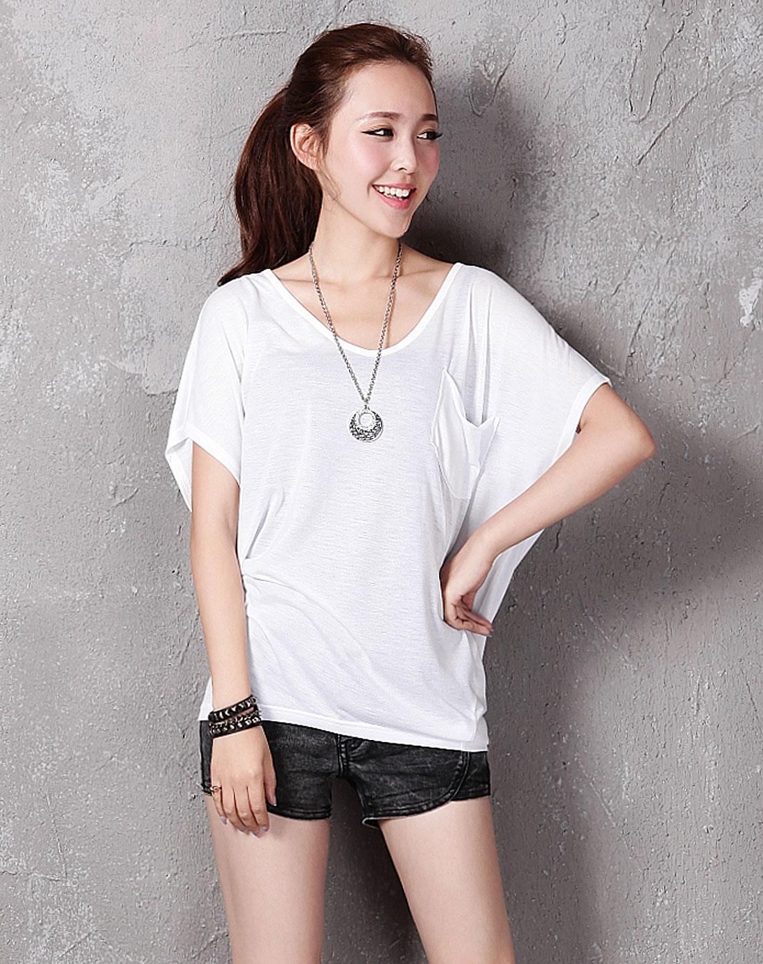 女白色胸前口袋宽松短袖t恤