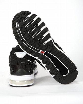 男款黑白跑步鞋