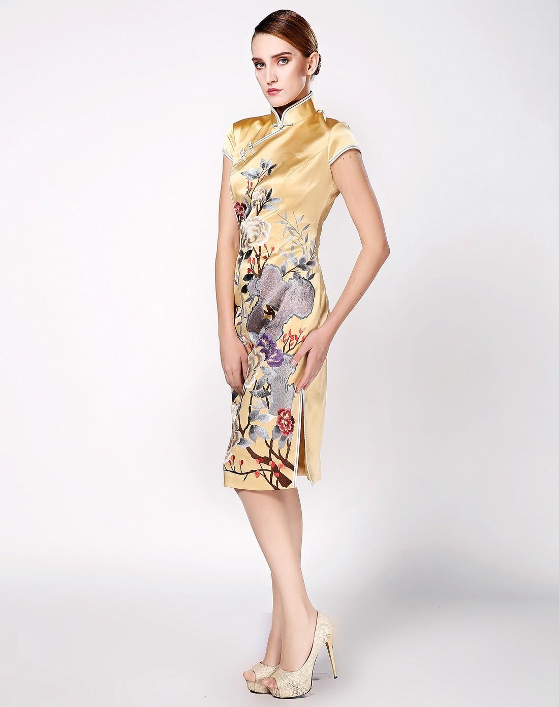 女款黄色绣花手工制作真丝旗袍
