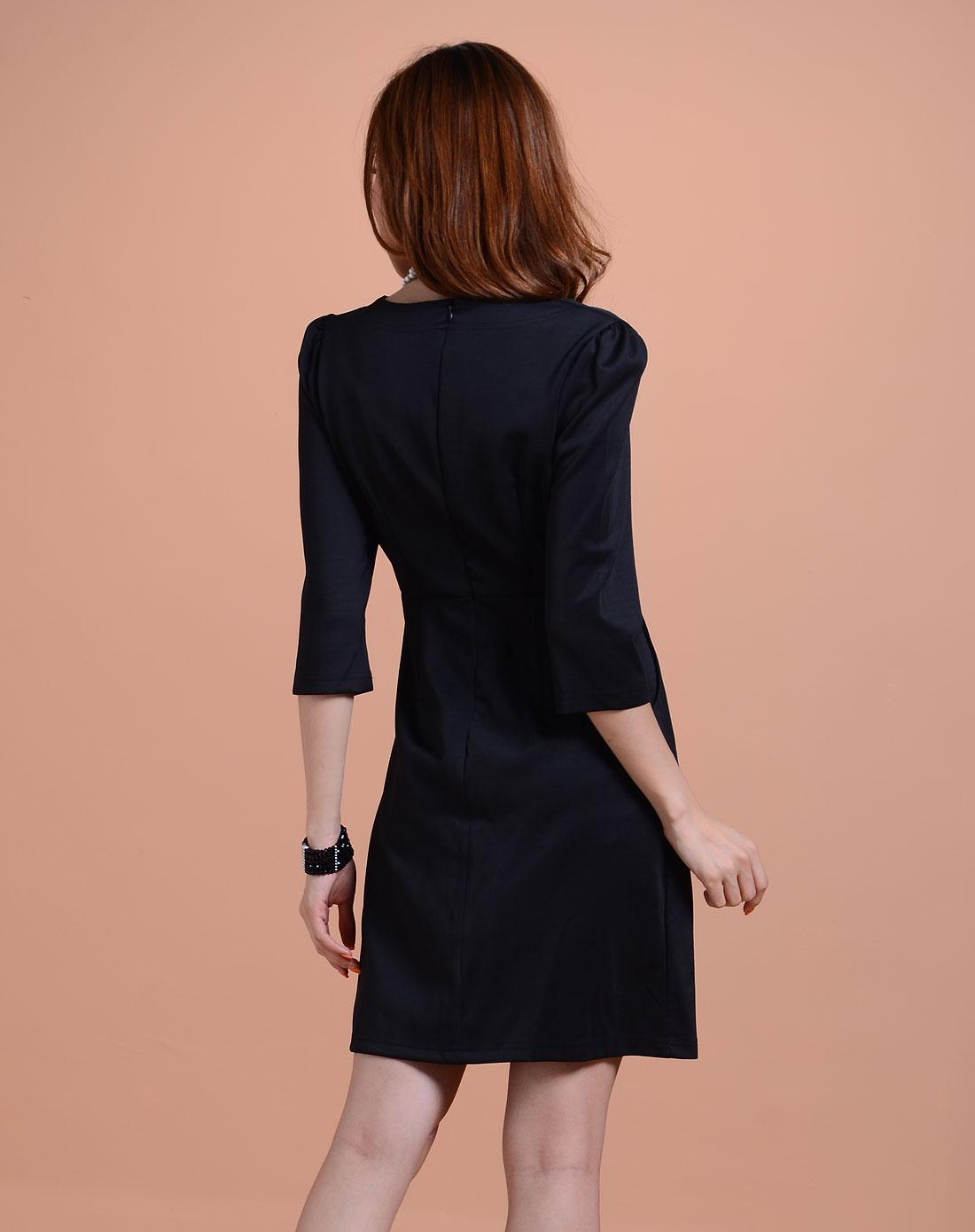 袖时尚_黑色时尚中袖连衣裙