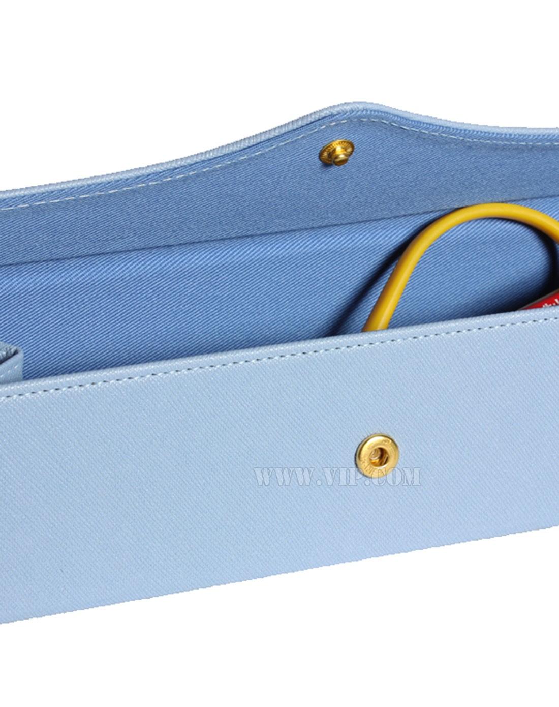 > 蓝色立体三角形质朴笔袋