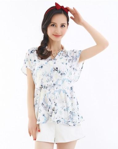 白/浅蓝色清新淡雅印花短袖衬衫