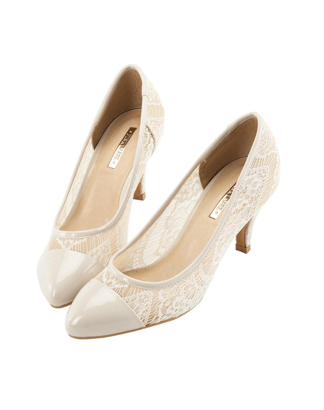 明星设计款 米白色 裸感蕾丝高跟鞋