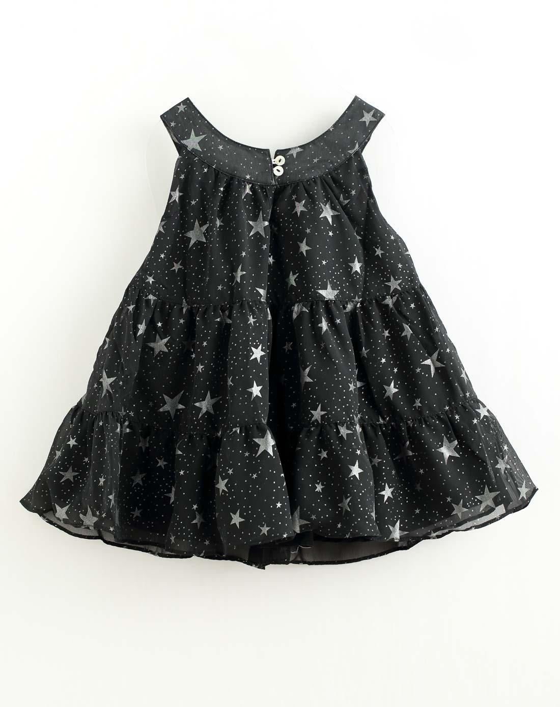 黑白裙子娃娃图片可爱